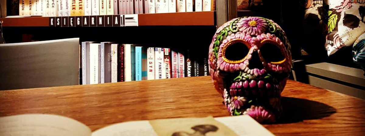 Worek Kości - księgarnia
